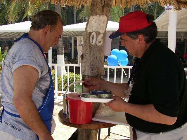 Vanilla, Saffron Imports Acapulco Paella Festival June 2002  027