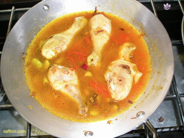 Vanilla, Saffron Imports Paella VSI four people Saffron Soaked and other ingredients ready 943