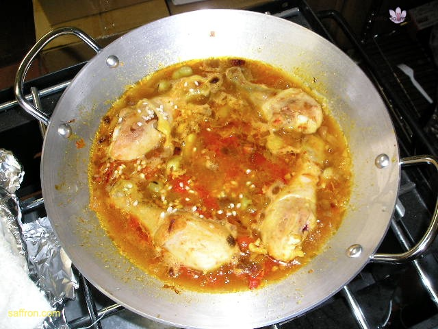 Vanilla, Saffron Imports Paella VSI four people Saffron Soaked and other ingredients ready 948