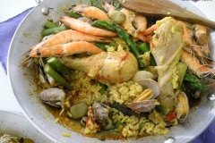 Vanilla, Saffron Imports Paella VSI four people Saffron Soaked and other ingredients ready 964