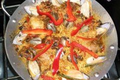 Vanilla, Saffron Imports VSI Paella for four people 906